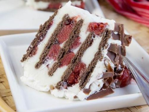 Black Forest No Bake Eclair Cake Lucky Leaf