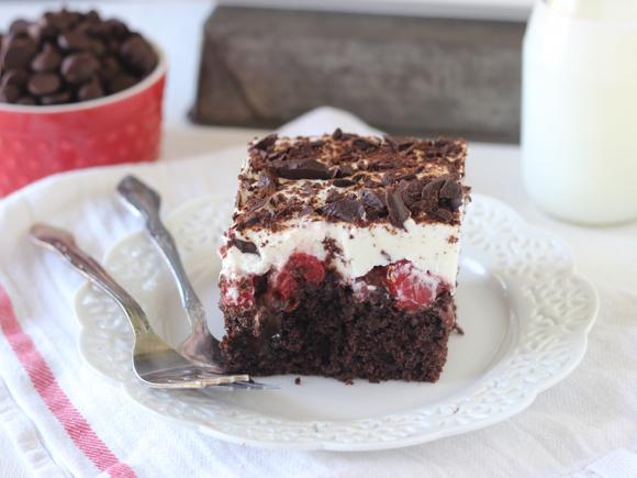Black Forest Cake Recipes In Marathi: Black Forest Poke Cake