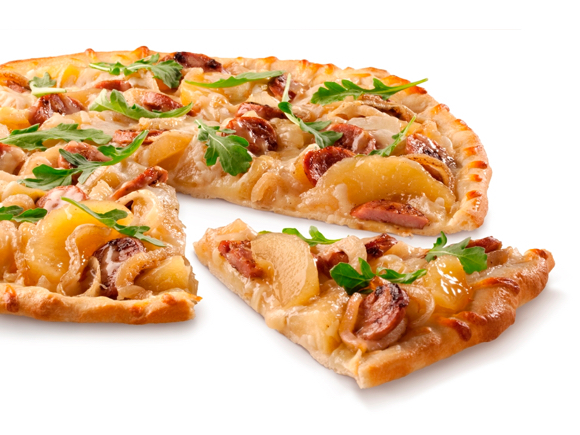 Sweet 'n Savory Chicken Sausage & Apple Pizza