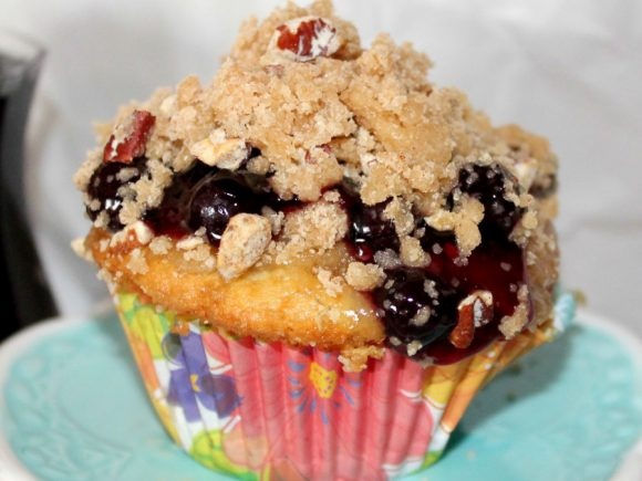 Blueberry Cobbler Cupcakes