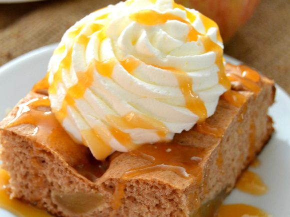 Lucky Leaf Apple Spice Cake